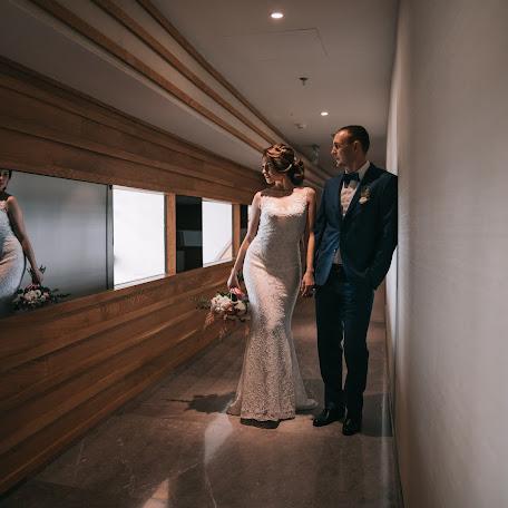 Wedding photographer Vitaliy Belov (beloff). Photo of 29.12.2017