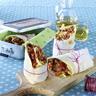 Sloppy Joe Wraps with Yogurt Dressing