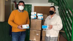 Una de las entregas de mascarillas destinadas para los centros educativos del municipio.