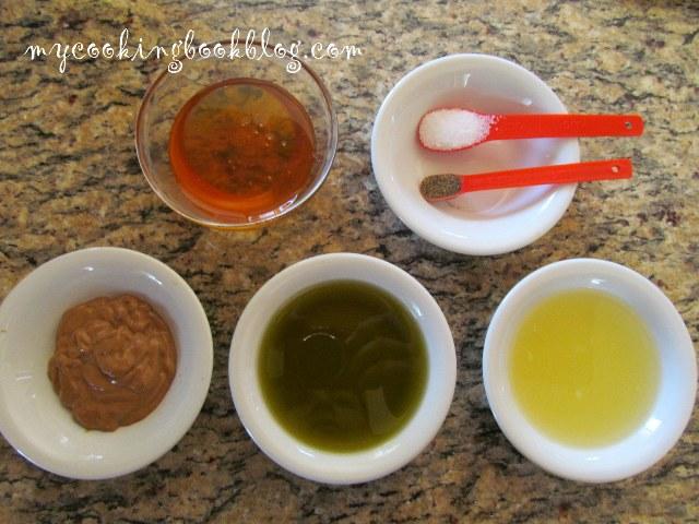 Салата с рукола, грах, стафиди и сос с горчица