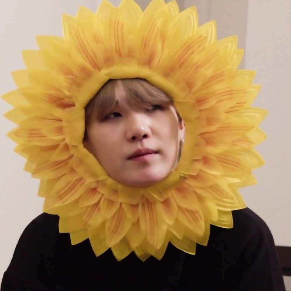 bts suga in sunflower cap.jgp