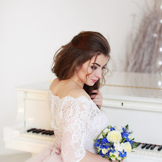 Wedding photographer Ekaterina Buneeva (ekaterinabuneeva). Photo of 15.12.2017