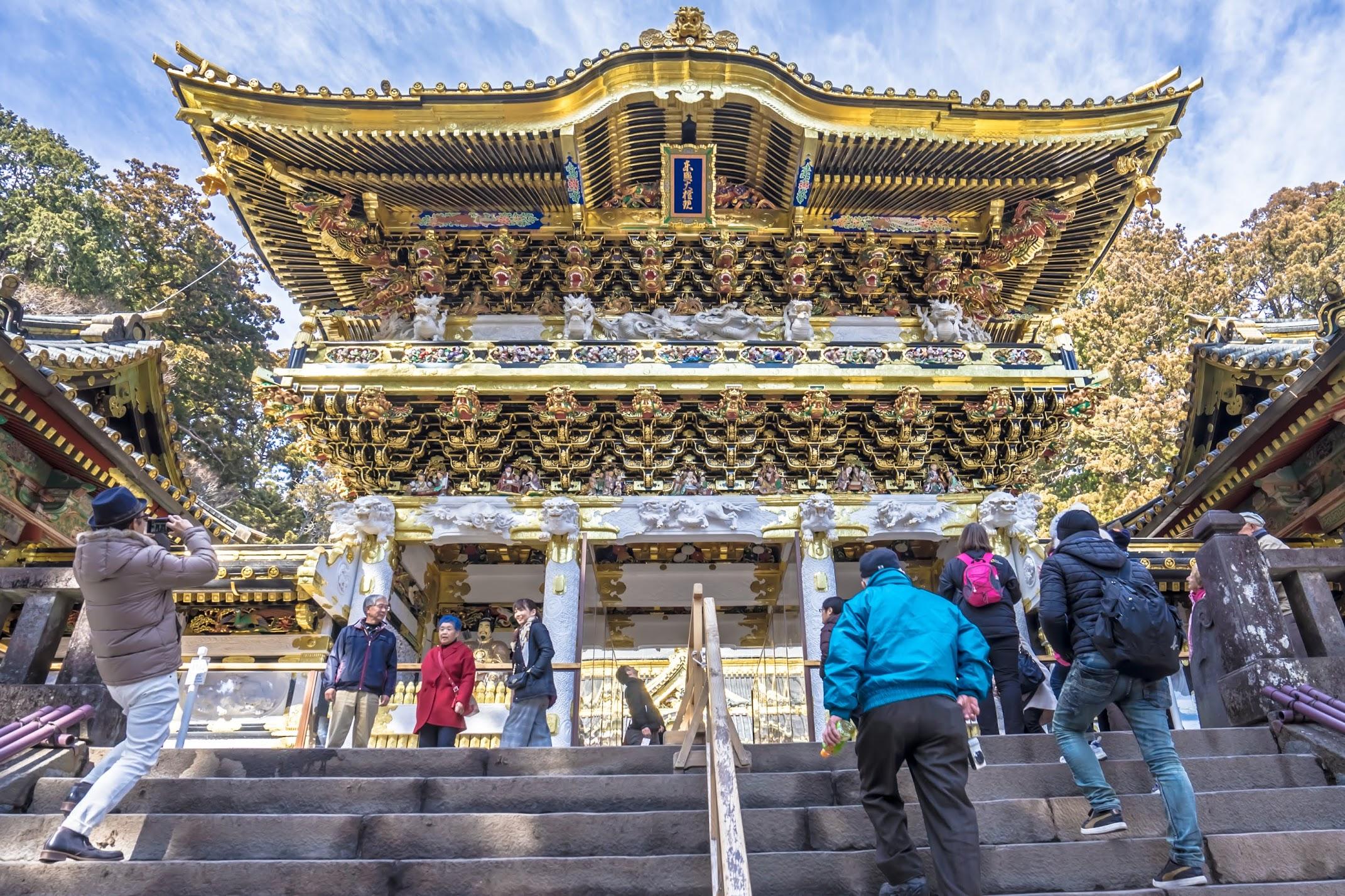 Nikko Toshogu Shrine Yomeimon Gate2