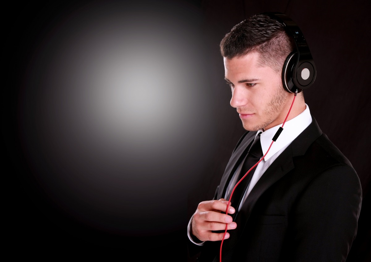 listening to music can help your mental health and business health