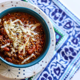 Slow Cooker Quinoa Minestrone Soup