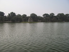 Photo: Lake Hoan Kiem
