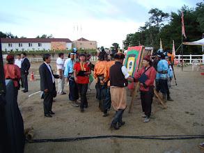 Photo: Jeder Teilnehmer signiert die Wettkampfscheiben