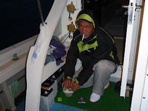 "Photo: 朝一からカップラーメンの""馬場さん""! ・・・先に魚釣りの準備せんかーい!!"