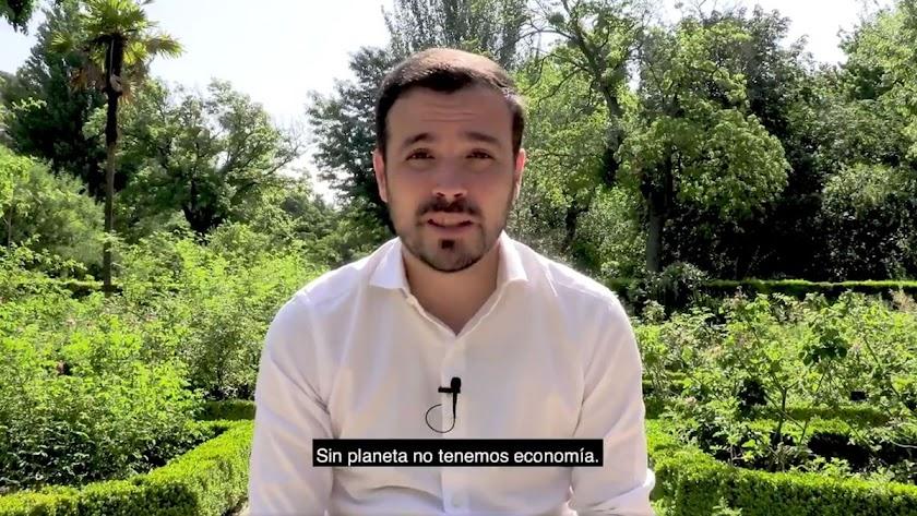 Alberto Garzón ha desaconsejado el uso de carne a través de sus redes sociales.