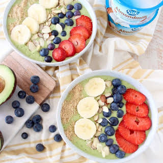 Vegan Avocado Smoothie Bowls.