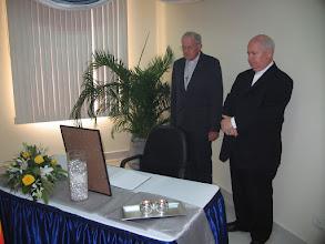 Photo: Het condoleanceregister voor oud-president Ferrier