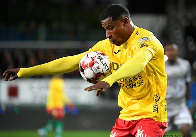 Ostende donne un contrat à la semaine à l'un de ses joueurs expérimentés et a le frère de Mandanda en test