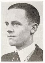 Photo: 1945 P.A.M. Avontuur, geboren te Princenhage op 30-1-1920 en stierf op 23-1-1945 te St. Philipsland. Hij was onder andere lid van de verzetsgroep D 68. Hij sneuvelde in de strijd tegen de Duitse troepen, naar hem is de Piet Avontuurstraat genoemd.