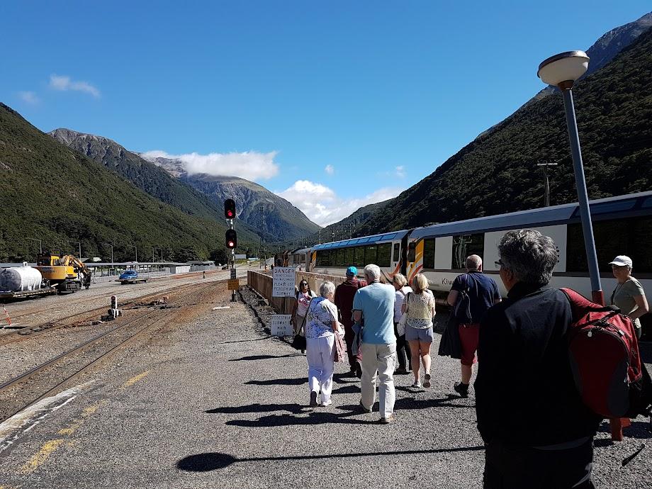 Leaving the Tranzalpine at Arthur's Pass