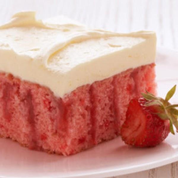 Strawberry Refrigerator Cake {duncan Hines} Recipe