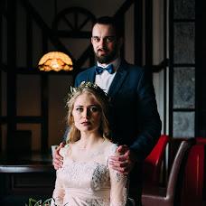 Wedding photographer Anton Anoshin (EMEJ). Photo of 17.03.2017