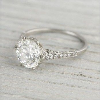 Guide To Help You Choose Engagement Ring For Your Partner