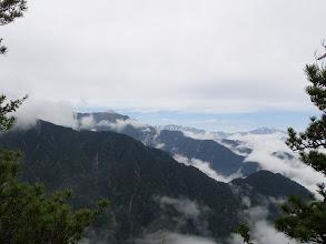 右から鹿島槍ヶ岳、蓮華岳、餓鬼岳など