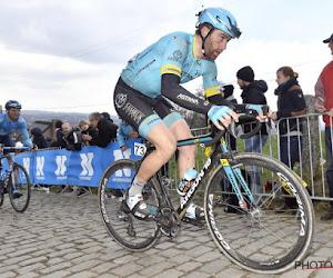 🎥 Mooi gebaar: Astana-renner geeft opbrengst van GP Stig Broeckx aan revalidatiecentrum van Broeckx