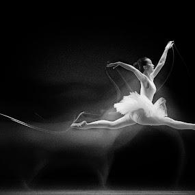 I Believe I Can Fly by Joni Irwanto - People Fine Art ( strobist, indonesia, pwcprofiles, kota tua, ballet, ballerina )