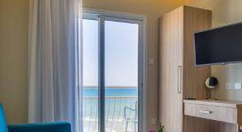 Augusta Hotel Apartments