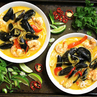 Shrimp And Mussels Soup Recipes.