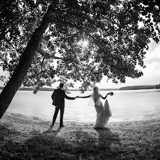Wedding photographer Nikolay Valyaev (nikvval). Photo of 05.10.2013