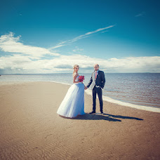 Wedding photographer Alena Zvezdina (Viorteia). Photo of 30.07.2014