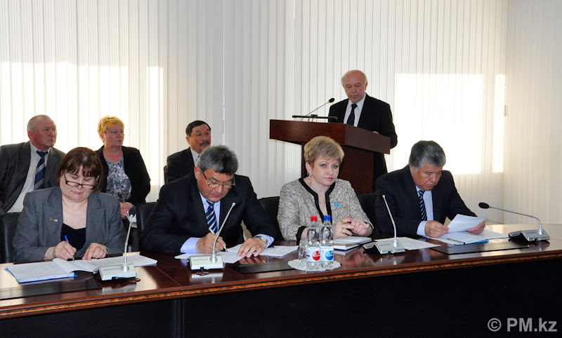 Photo: At the session focused on the Employment – 2020 Program implementation in the regional akimat. Kokshetau, April 18, 2012
