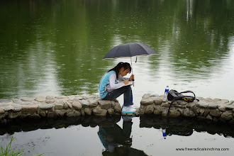 Photo: Persevering art student