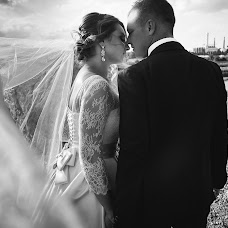 Wedding photographer Anton Bakaryuk (bakaruk). Photo of 10.04.2016