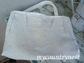 "Photo: borsa ""vintage white"" realizzata con camiciola e pizzi vintage"