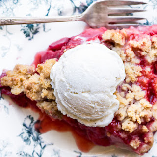 Strawberry Crumble Pie.