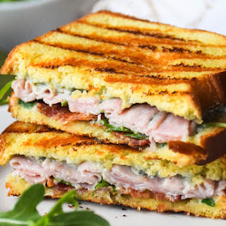 Grilled Ham, Bacon and Blue Cheese Sandwich #SandwichWithTheBest Recipe