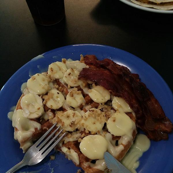 Gluten free banana waffle AMAZING!!!