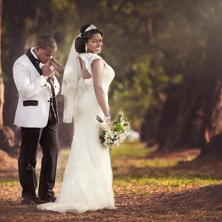 Wedding photographer Yakaly Di Roma (diromaphotograp). Photo of 25.07.2016