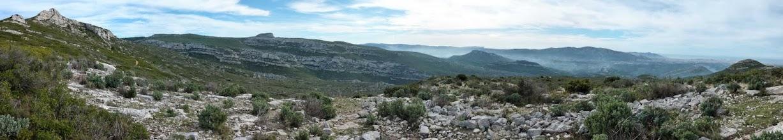 Photo: Panoramique depuis le Pas du Loup, Taoumé, Garlaban.