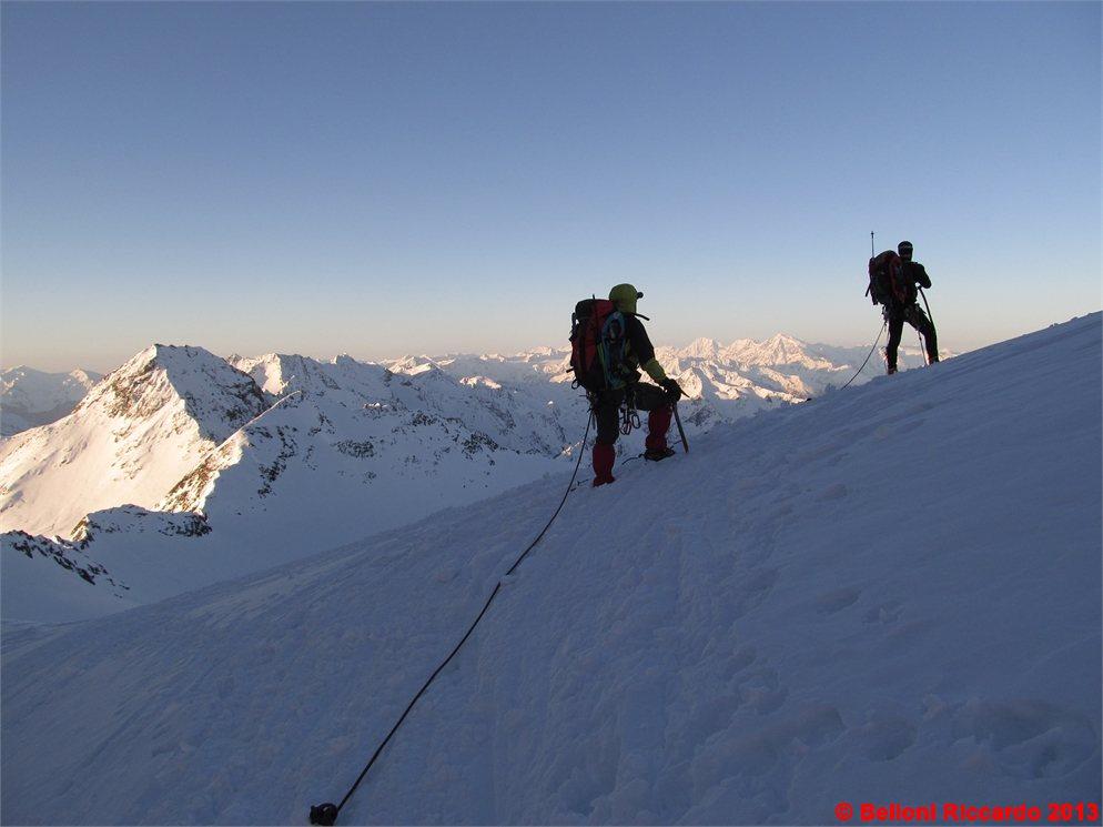 Photo: Ric_IMG_1290 in cordata dopo Hintereisjoch, sullo sfondo Ortles Cevedale