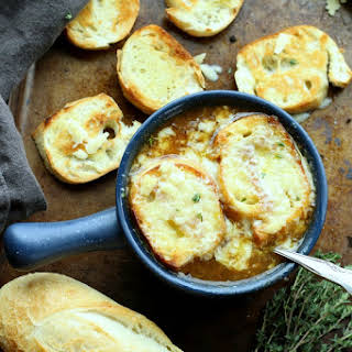 Easy Homemade French Onion Soup.