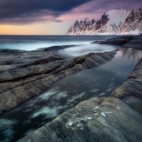 The Devil's Teeth by Jon-Eirik Boholm - Landscapes Sunsets & Sunrises ( sunset, senja, norway,  )
