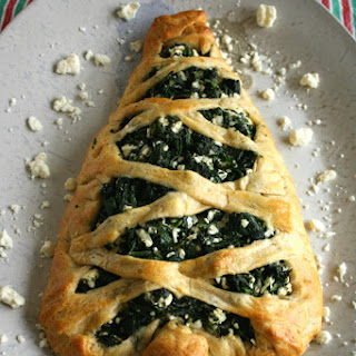 Spinach and Feta Stuffed Bread Christmas Tree