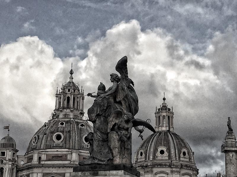 NEI CIELI DI ROMA di sitri__