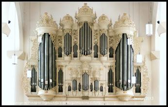 Photo: Die Orgel der Potsdamer Orgelbaufirma in der Margarethenkirche zu Gotha.