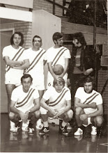 Photo: Serve '68 - 1971 st.vlnr.  Sieb Tuiten - Cees Cadel - Chris Cadel - Piet den Adel gehurkt Duiven - Cees de Groot - Sipke Stol