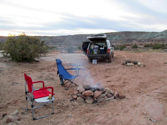 Camp off the Dalton Wells road