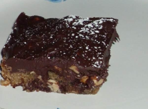Snickers Chocolate Chip Peanut Bars