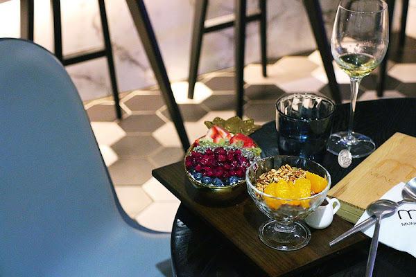 Munchies Cafe & Bistro 品饞- 情調餐酒館X繽紛優格碗