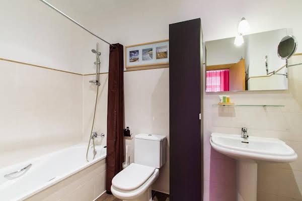 Living Valencia Apartments - Merced