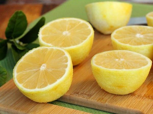 cut the lemons