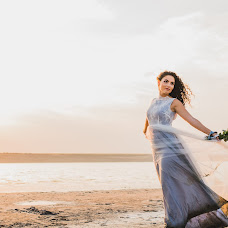 Wedding photographer Evgeniya Ivanova (UGENI). Photo of 02.08.2017